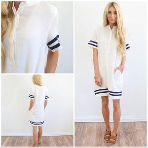 Dresses & Skirts - Nautical White & Navy button-up pocket dress * BTQ